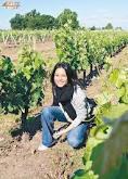 berenice liu nelle vigne di pauillac